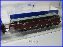 153N Fleischmann 725071 Doppeltraktion Diesellok BR 221 / DCC / Sound / OVP