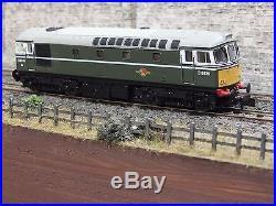 2d-001-002 Dapol N Gauge Class 33 33046 Engineers Grey / Yellow DCC Sound
