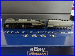 Athearn Challenger 4-6-6-4 UP Greyhound N scale DCC & Sound L00K