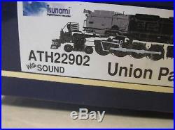 Athearnunion Pacific Big Boy 4-8-8-4 Loco # 4014 & Tender Sound & DCC N Scale