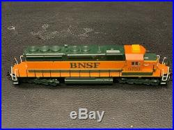 BNSF nscale locomotive SD-40 With DCC SOUND