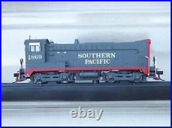 Bowser Southern Pacific DS4-4-1000, HO Scale Bloody Nose with Loc Sound DCC