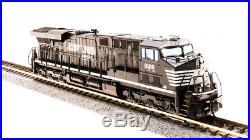 Broadway Limited 3540 N Scale GE ES44AC, NS #8128 Paragon3 Sound/DC/DCC