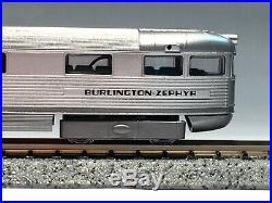 Con-Cor N DCC/Sound CB&Q Burlington 1934 Pioneer Zephyr 9900 & Extra Cars