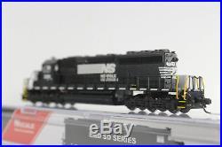 Intermountain-Railway 69323s-01 Norfolk Southern SD40-2 #3381 DCC Sound N-scale