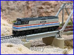 Kato N Scale EMD F40PH Amtrak #330 Loksound DCC + Sound Equipped Kobo