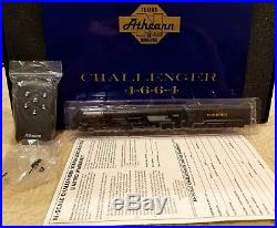 N Scale Athearn 11807 Challenger Clinchfield 4-6-6-4 Rd # 672 DCC / Sound & DC