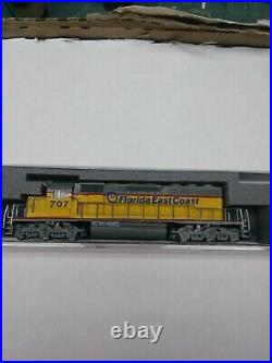N scale kato sd40-2 Florida East Coast #707 with sound and dcc