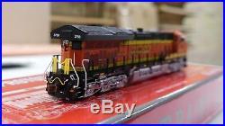 Scaletrains N Scale SXT30610 ET44C4 Tier 4 Gevo BNSF #3889 DCC & Sound