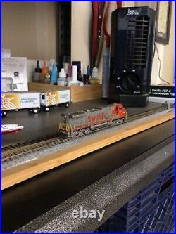 Scaletrains Rivet Counter N Scale GE C44-9W DCC/SOUND loksound Dash 9 NIB